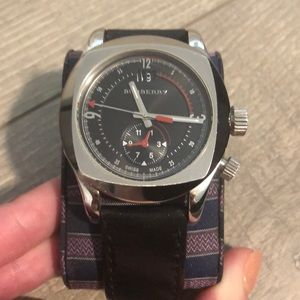 Men's Burberry watch! Excellent used condition